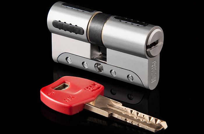 Cilindro de alta seguridad WX1000: antibumping, antirrotura, antitaladro y llave de perfil patentado