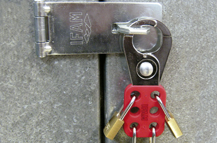 Multi Lock Pmi 25 Safety Hasp Ifam