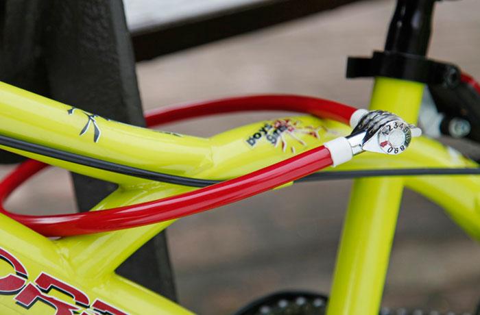 cable-antirrobo-bicicleta-junior-combinacion