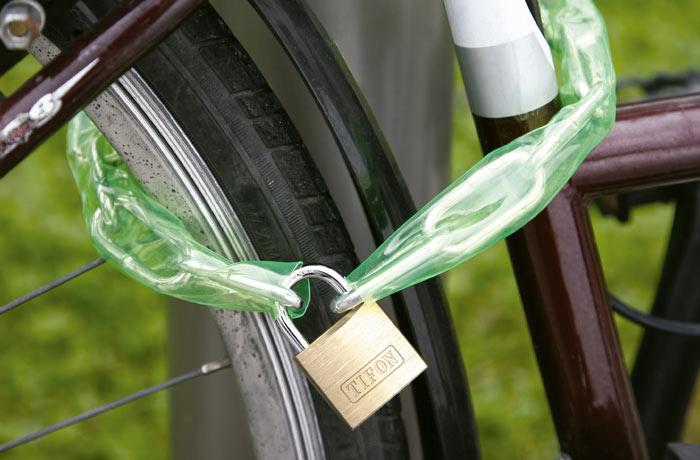 cadenas-bicicleta-ifam-en-uso